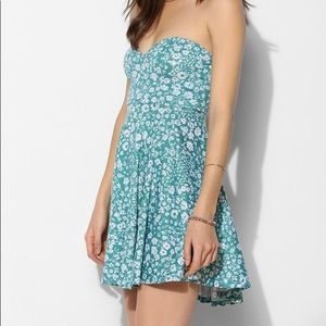 Pins & Needles floral sweetheart strapless dress